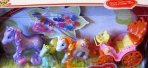 Royal Set of 3 Ponies Plus Carriage and Beads
