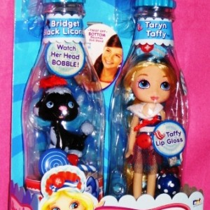 Taryn Taffy Doll Plus Bobble Head Pet
