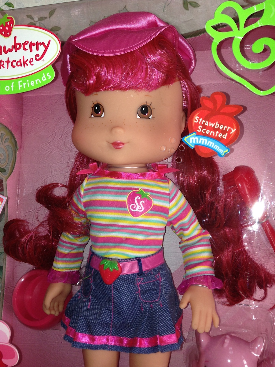 Large Strawberry Shortcake Doll 15 Inch Play Date Pals