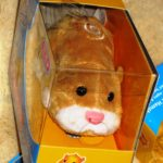 Mr. Squiggles Brown and White Zhu Zhu Pet
