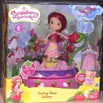 Strawberry Shortcake Doll Twirling Flower Fashions
